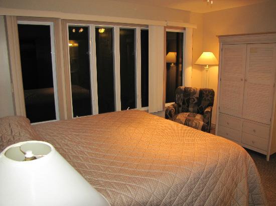 Isaiah Tubbs Resort: Upstairs Room