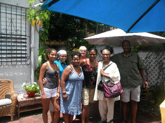 Coqui del Mar Guest House: Family & Friends