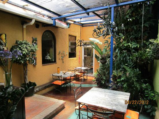 Casa 69: Nice indoor patio to relax and hangout