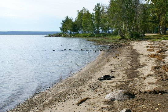 Northwest Territories, Canada: Beach at North Arm Territorial Park, Great Slave Lake
