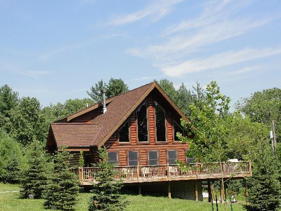 Cabins At Hickory Ridge: Welcome to the Eagles Lodge