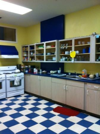 Hostel Buffalo-Niagara: Kitchen