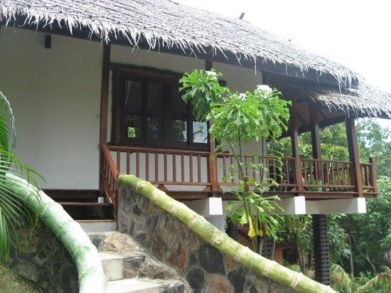 Beyond The Blue Horizon Villa Resort: Bungalow