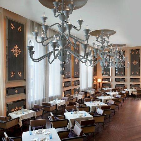 Italian Restaurant La Veduta : イタリア料理「ラ ベデュータ」