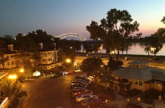 River Inn of Harbor Town: Nightime View from our Suite