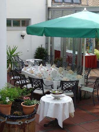 Hotel Arminius: Terrace
