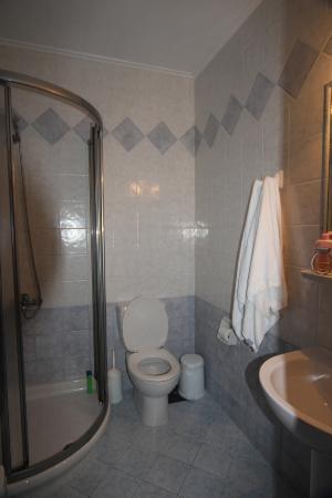 Villa Notos: bathroom