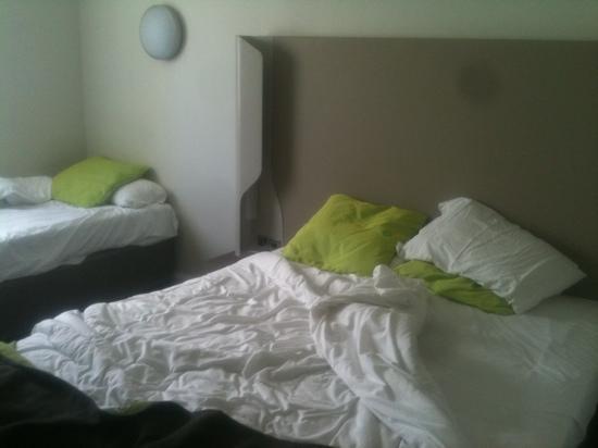 Campanile Bradford: rooms.