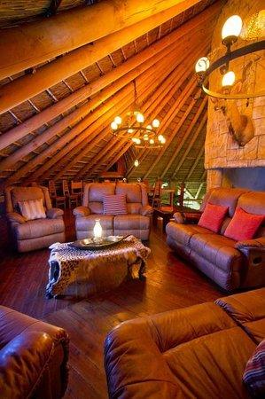 Nyaru Private Game Lodge: Lodge Interior