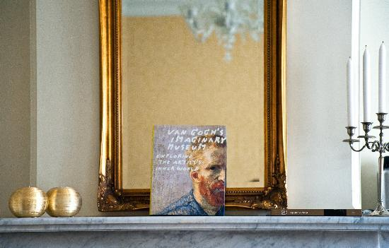 Museum Suites: the VanGogh Suite