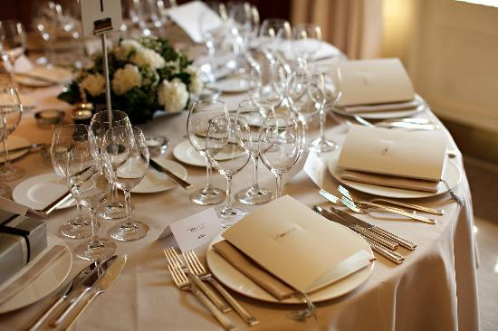 Belmond Le Manoir aux Quat'Saisons: Private Dining at Le Manoir