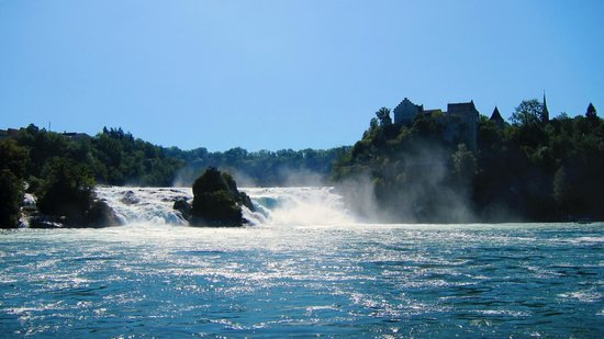 Rhine Falls : Panorama dal molo