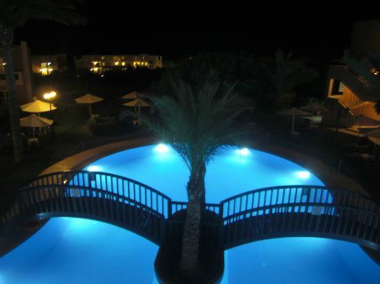 Selini Suites: Selini de nuit