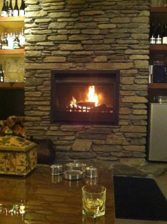 The Dairy Private Hotel: sitting in front of the roaring fire... Bliss
