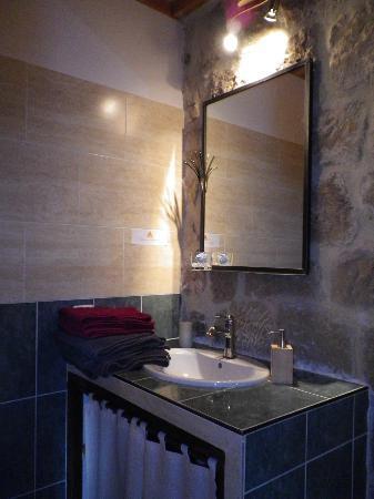 Domaine du Clap : Espace lavabo.