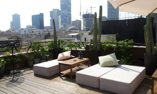 Brown TLV Urban Hotel: rooftop