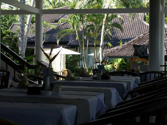 Candi Beach Resort & Spa: Hotel Restaurant