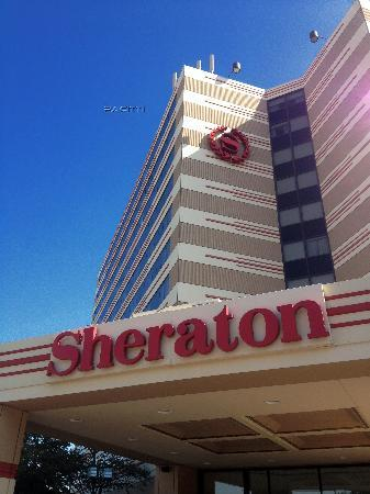 Sheraton Suites Chicago O'Hare: Hotel