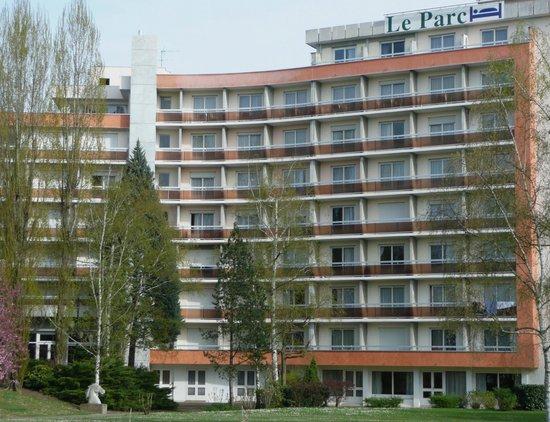 Brit Hotel Hotel du Parc Rive Gauche: COTE PARC