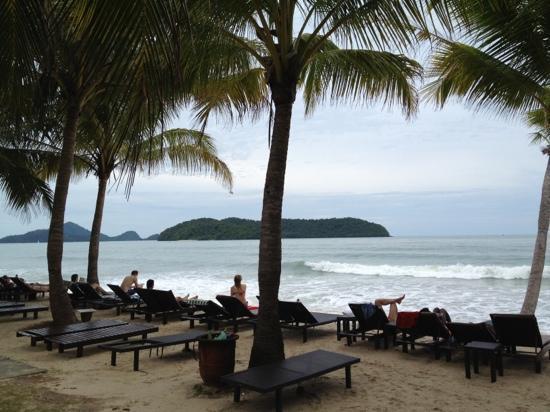 Sunset Beach Resort: Het privé strand behorend bij dit resort