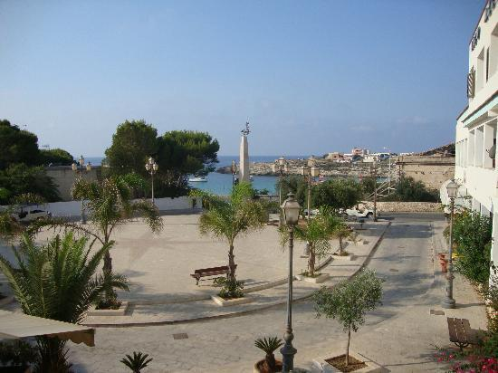Vista Mare E Vista Piazza Medusa Foto Di Hotel Martello Lampedusa Tripadvisor