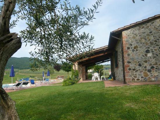 Agriturismo La Valle Del Sole: una veduta dell'agriturismo