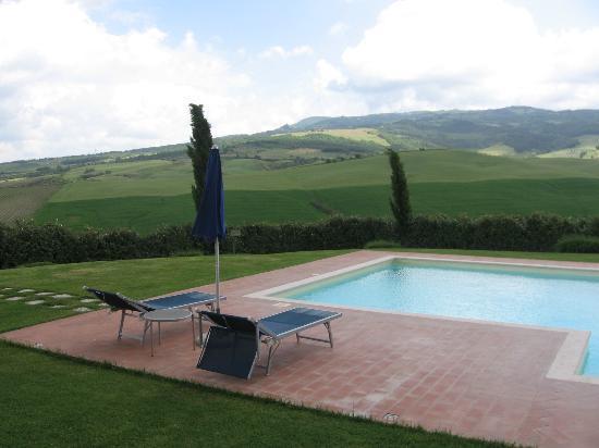 Agriturismo La Valle Del Sole: piscina