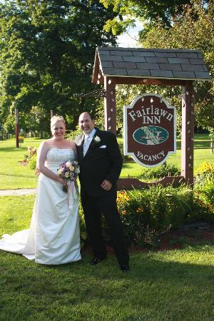 Fairlawn Inn: In front of the Fairlawn