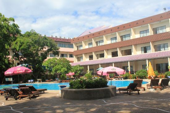 Pattaya garden hotel updated 2017 specialty hotel for Specialty hotels