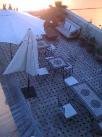 Riad 53: terrazza per la colazione