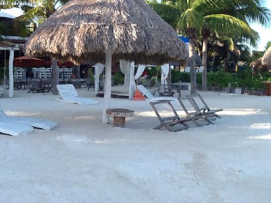 Holbox Hotel Casa las Tortugas - Petit Beach Hotel & Spa: Hotel Beach