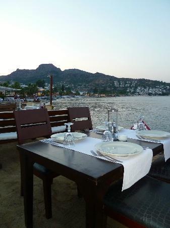Miam Restaurant: Seaview