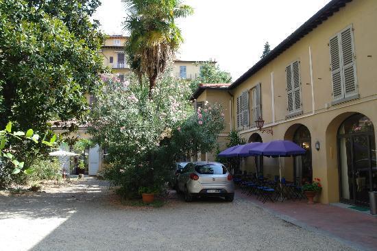 Hotel Crocini: Garden