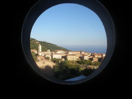 Giargalo: vista di Piana dalla camera