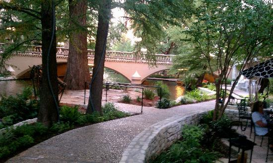 Wedding Island outside the Contessa - Picture of Hotel Contessa, San ...