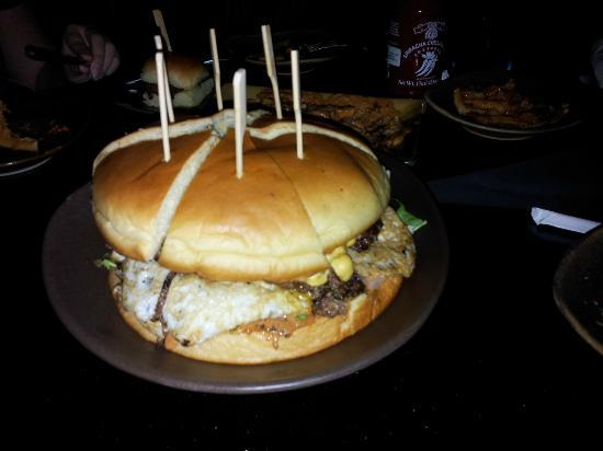 Slider Station : Enjoying my mighty burger