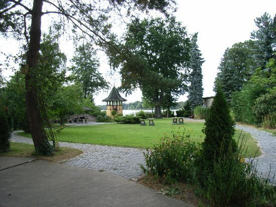 Seeschlösschen Groß Köris: Parc et Lac