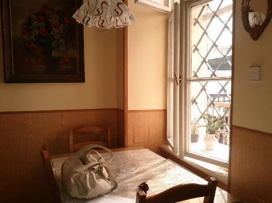 앨리스 아파트먼트 하우스 이미지