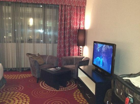 The Royal International Hotel: Room