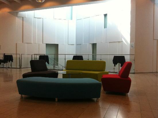 Tivoli Hotel: Salón