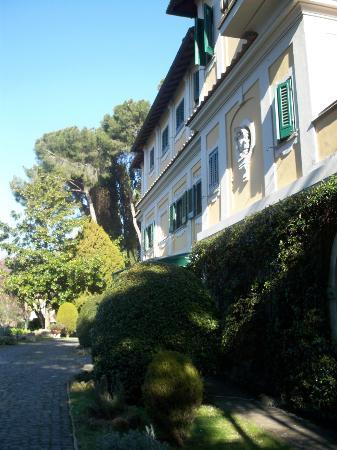 Grand Hotel Villa Fiorio: Front of Hotel