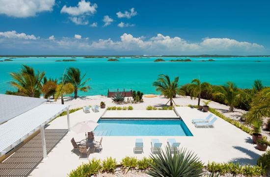 Breezy Palms Villa: Private Villa located on Chalk Sound