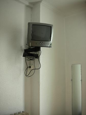 Hotel Acanthe : La tv!