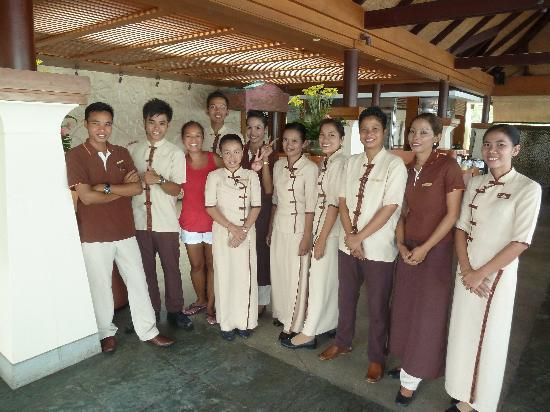 Layana Resort and Spa: My wife with some of the exceptional staff