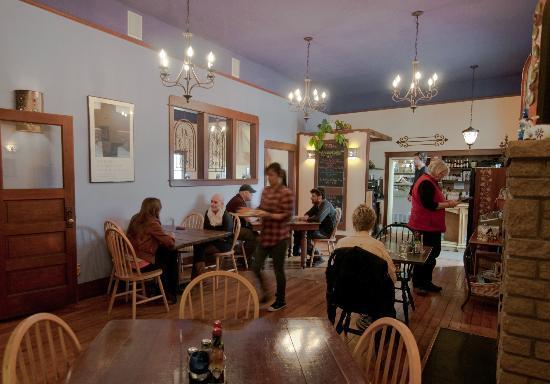 Chimayo En El Dia: The Dinning Room