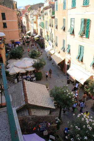Affittacamere Rollando Bed and Breakfast: The main street from our terrace.