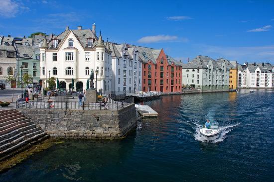 Hotel Brosundet Updated 2018 Reviews Price Comparison Alesund Norway Tripadvisor