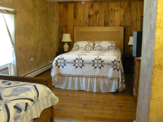 Old Town Farm Inn: our room #3