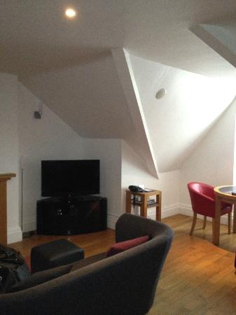 Castell Deudraeth: ROOM6