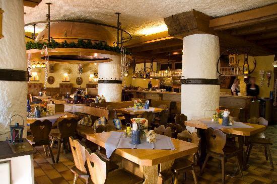 Hotel und Brauerei-Gasthof Hirsch: Restaurant